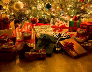 Gift-Wrap-Decorations-of-Merry-Christmas
